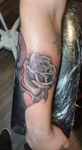 black-and-grey-rose-tattoo