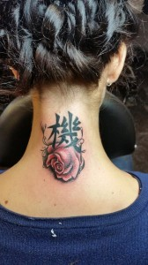 rose-chinese-simbol-tattoo
