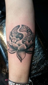 day-night-lotus-tattoo